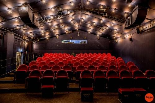 Kino-Sitze
